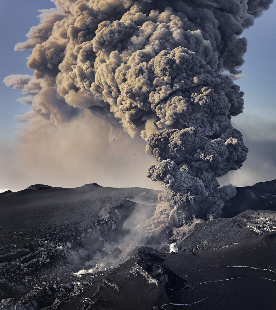 10. The eruption of Eyjafjallajo¦êkull, May 2010