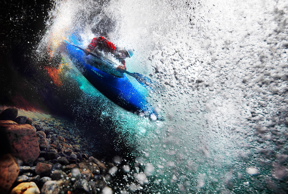 River_Kayak_Underwater